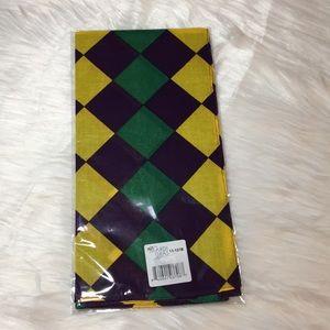 "Mardi Gras 💜🧡💚 Square Material, 22"" x 22"" (NWT)"